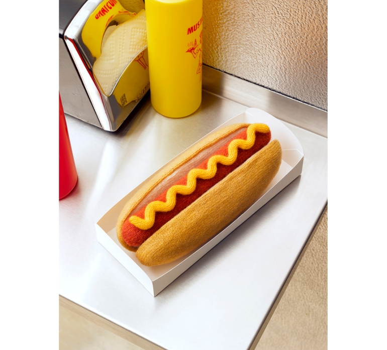 knitted_hotdog_860